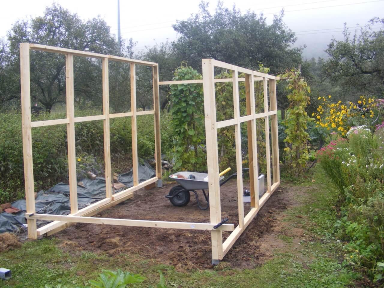 ein tomatenhaus selber bauen. Black Bedroom Furniture Sets. Home Design Ideas