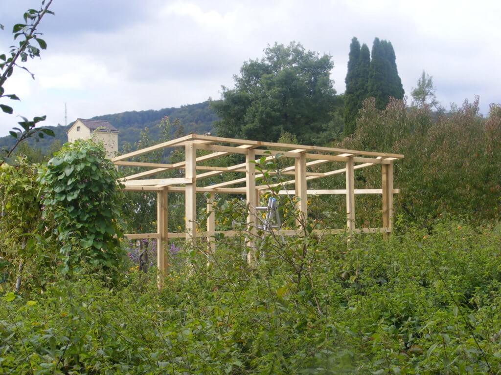 Ein anderer Blickwinkel auf das Tomatenhaus
