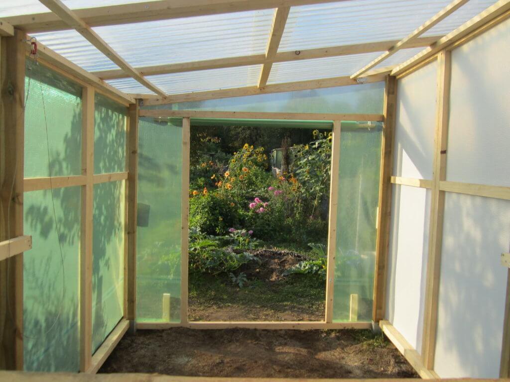 Tomatenhaus von Innen